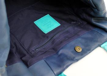 ナチュラルソフトレザーバイカラーふんわりトートバッグ大(牛革)、内側ファスナーポケット