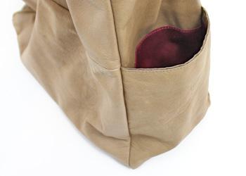 バイカラーストラップナチュラルBIGワンショルダー(牛革)特価品、ポケット