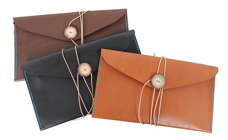 22色からステッチが選べる 手縫いレザーケース(牛革/日本製)